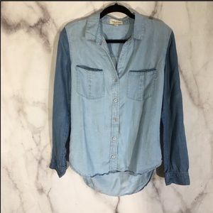 anthro cloth and stone two-toned chambray top sz.S